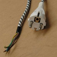 Oprava poškozené šňůry spotřebiče